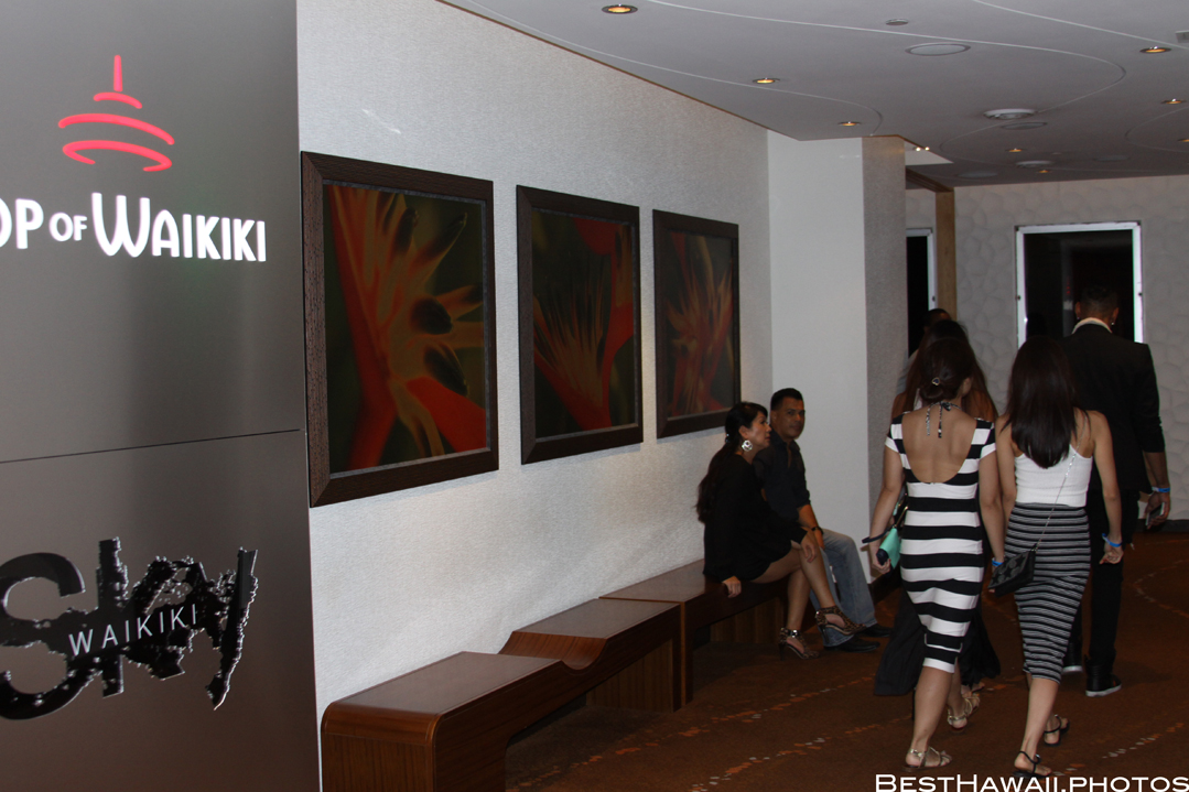Sky Waikiki club photos by Pasha BestHawaii.photos_09052015_4916