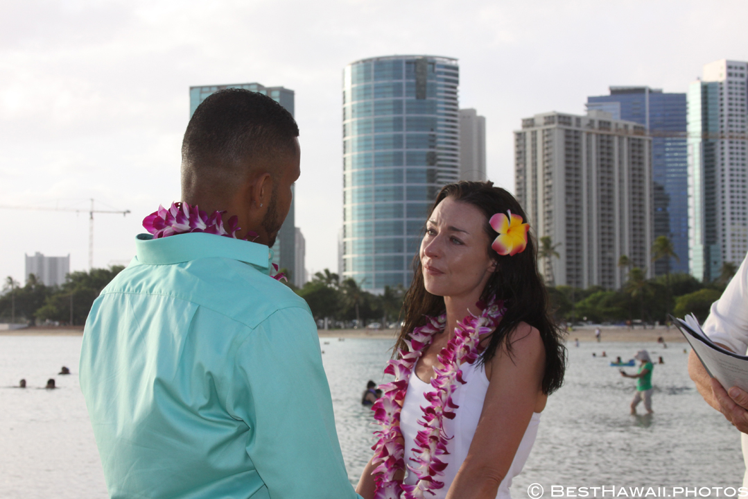 Small Hawaii Wedding BestHawaii.photos Magic Island Honolulu 2015_.JPG08072015_5764
