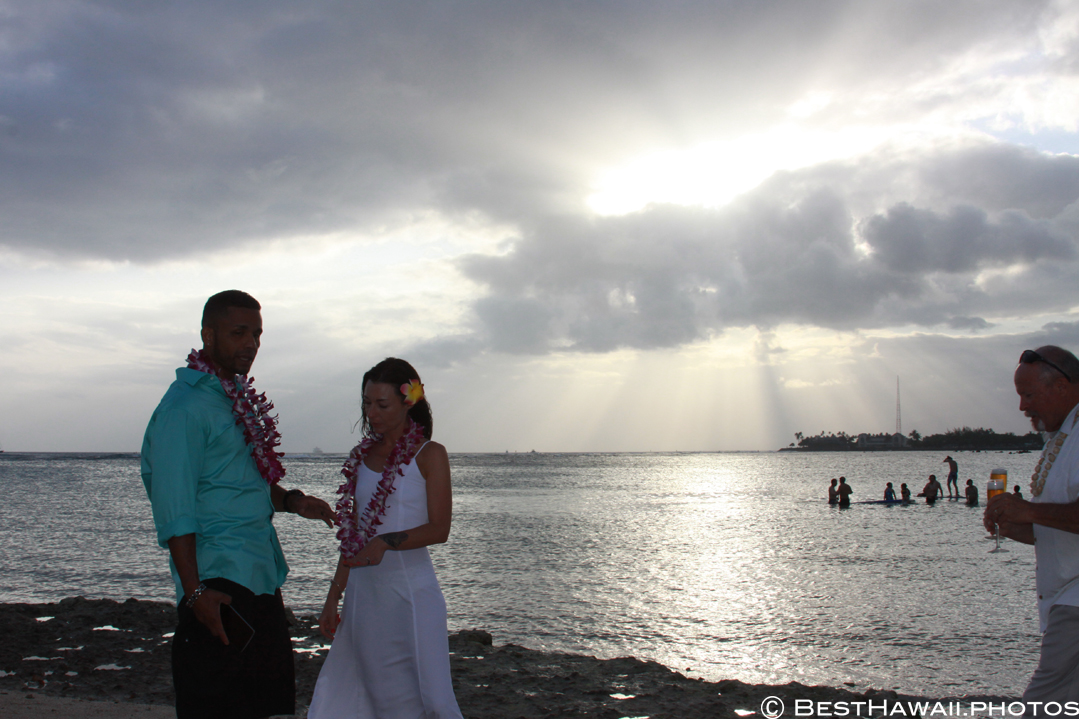 Small Hawaii Wedding BestHawaii.photos Magic Island Honolulu 2015_.JPG08072015_5846