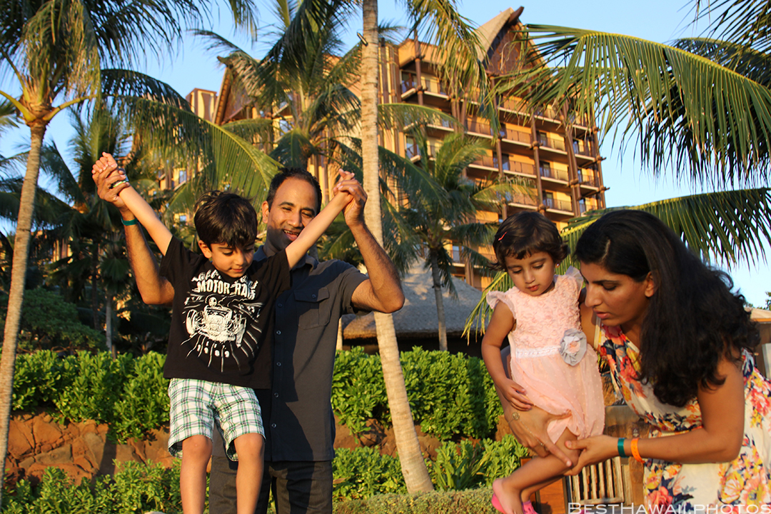 Aulani Disney Resort Hawaii beach Sunset Family by BestHawaii.photos 2015_09082015_7086