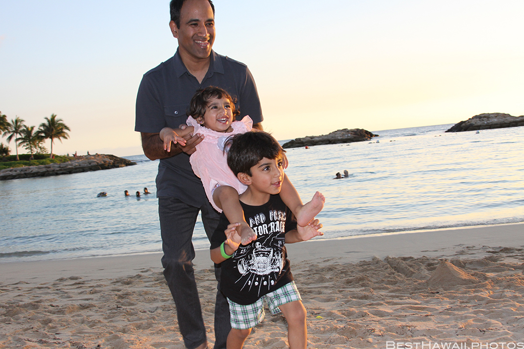 Aulani Disney Resort Hawaii beach Sunset Family by BestHawaii.photos 2015_09082015_7118