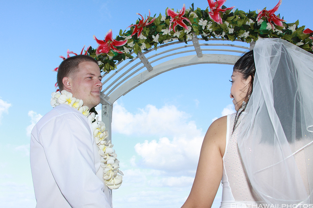 Waimanalo Beach Wedding photos by Pasha www.BestHawaii.photos_11282015_9871