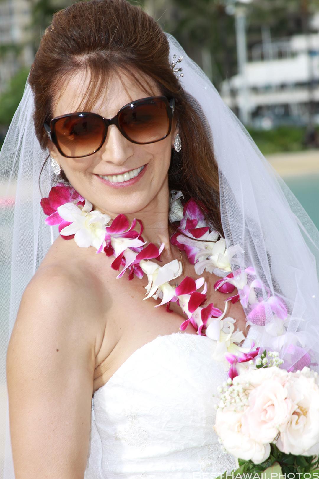 Wedding Photos at Hilton Hawaiian Village by Pasha www.BestHawaii.photos 121820158632