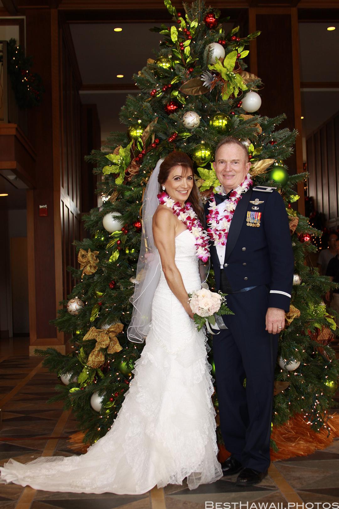 Wedding Photos at Hilton Hawaiian Village by Pasha www.BestHawaii.photos 121820158642