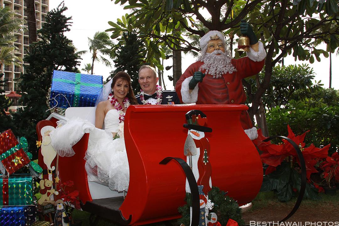 Wedding Photos at Hilton Hawaiian Village by Pasha www.BestHawaii.photos 121820158643