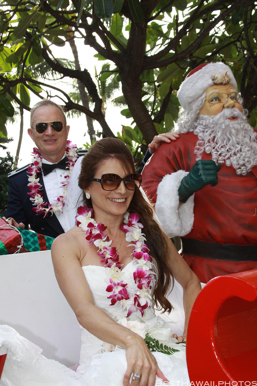 Wedding Photos at Hilton Hawaiian Village by Pasha www.BestHawaii.photos 121820158644
