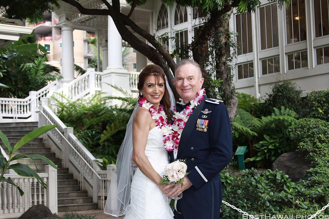 Wedding Photos at Hilton Hawaiian Village by Pasha www.BestHawaii.photos 121820158663